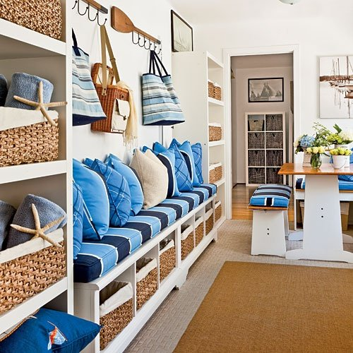 Mudroom inspiration for our room off the kitchen four for Entryway dining room ideas