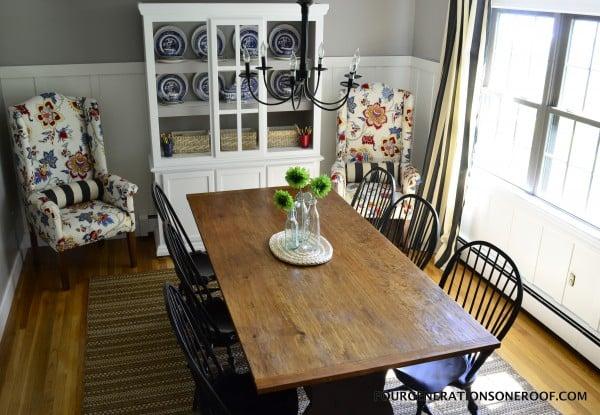 coastal cottage dining room