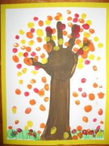 Kid friendly fall decorating ideas autumn tree handprint