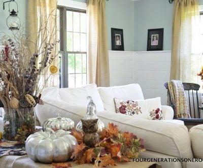 Our autumn sofa table mantel {fall decorating}