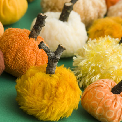 kid friendly fall and halloween decorating