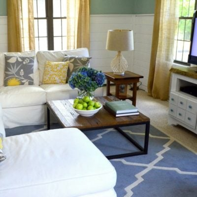 Cottage family room fall decorating green apples