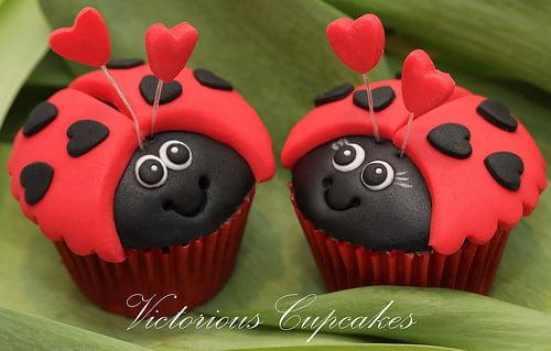 Etonnant Lady Bug Valentine Cupcakes