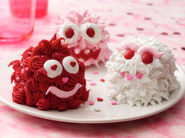Genial Valentines Day Cupcake Decorating Ideas · Valentines Day Monster Cupcakes