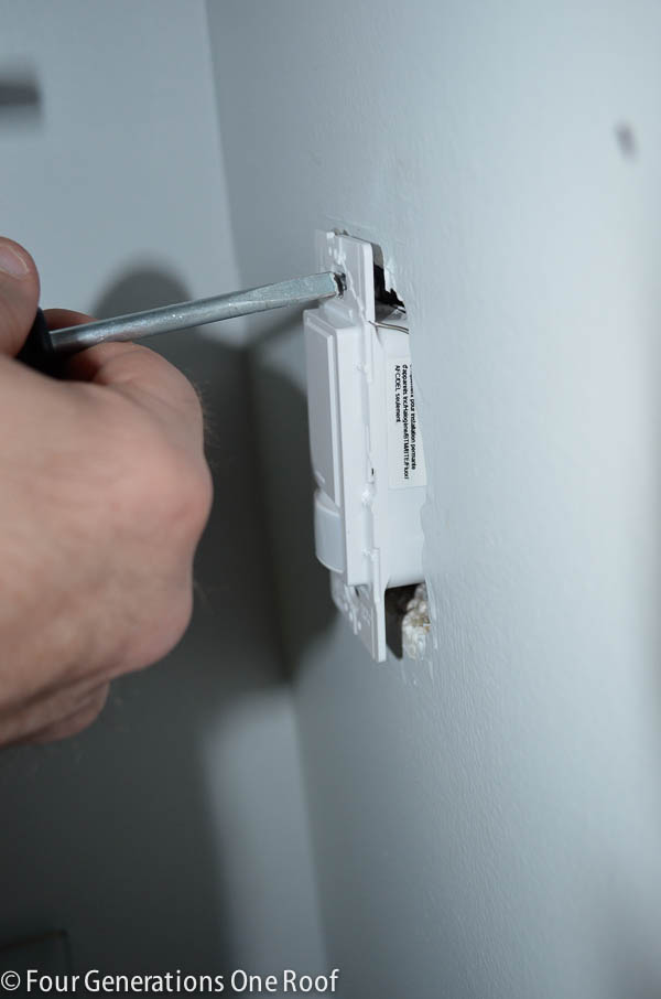 how to install a motion sensor light switch-3