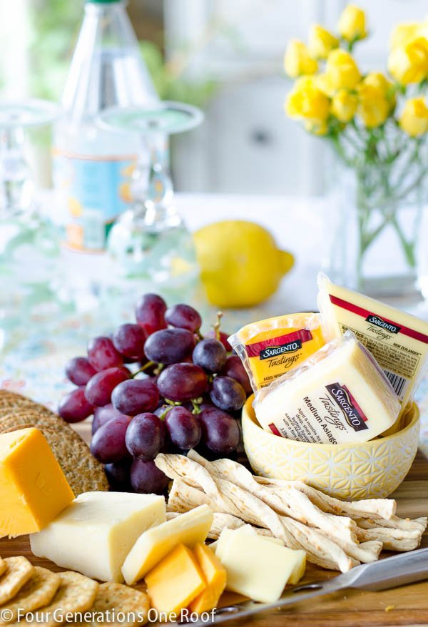 how to make a cheese and cracker platter www.fourgenerationsoneroof.com