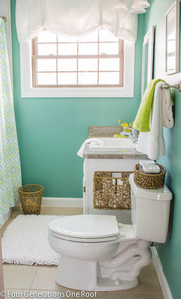 master bathroom makeover {before & After} www.fourgenerationsoneroof.com #SWPaintingweek