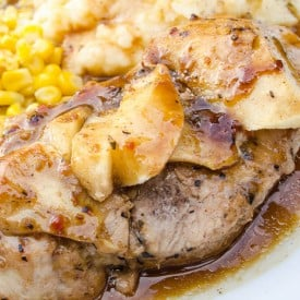 Thick Tender Pork Chops with Apples-1
