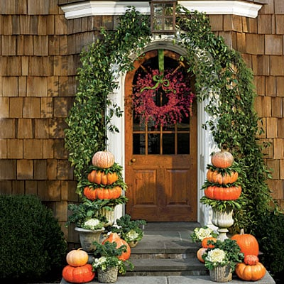 gorgeous front door fall decorating ideas page 3 of 3 four generations one roof. Black Bedroom Furniture Sets. Home Design Ideas
