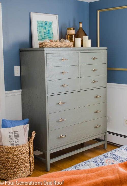 Gorgeous Navy blue + gold master bedroom makeover