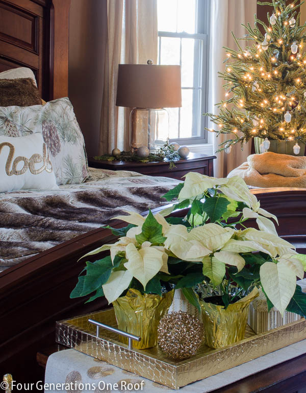 4 generations Christmas Home Tour / Woodland Christmas bedroom