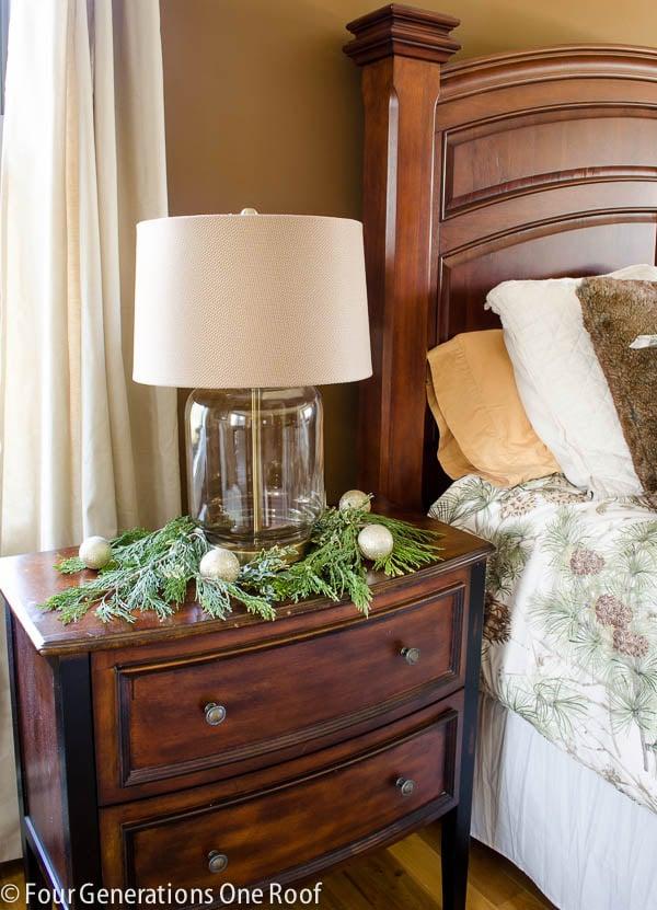 4 generations Christmas Home Tour / Woodland Christmas bedroom