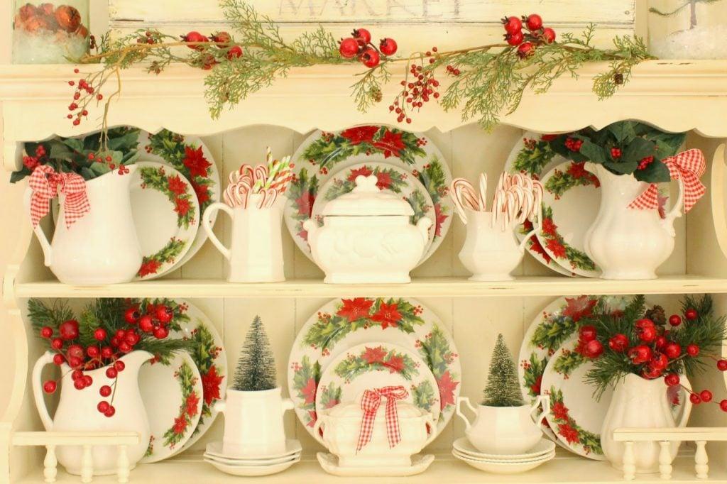 Christmas-hutch-festive-berries