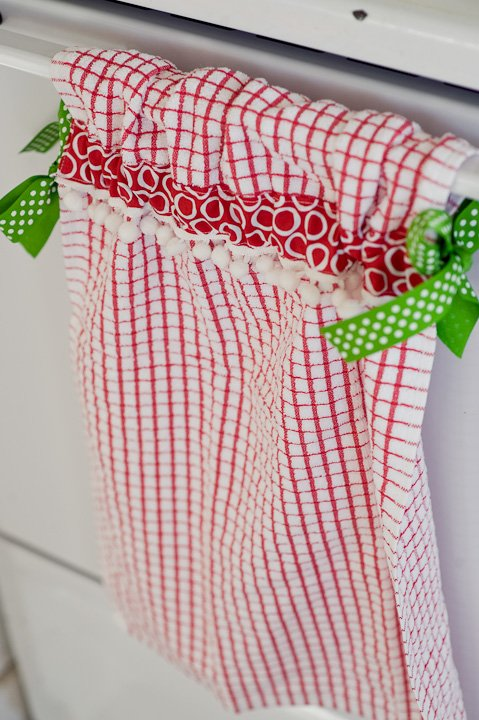 Christmas-kitchen-towels