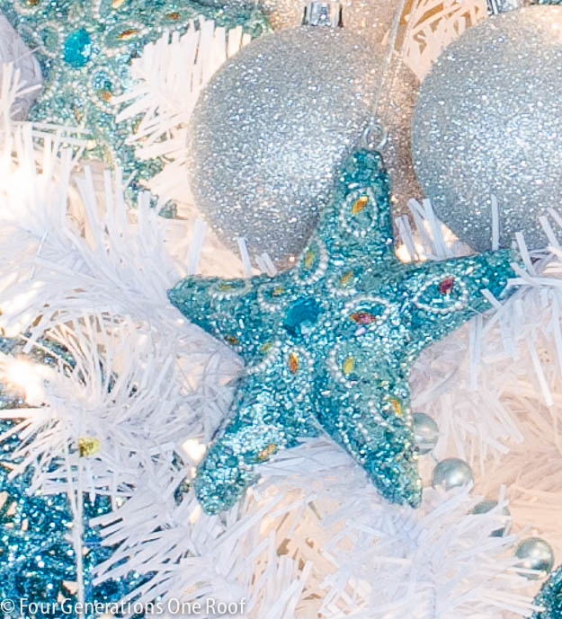 White + Blue Christmas tree-4
