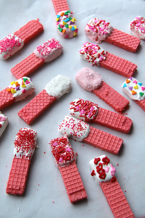 dipped-wafer-cookies