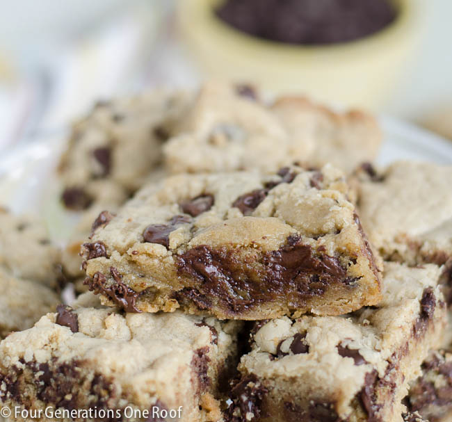 easy chocolate chip cookie dough bars-2