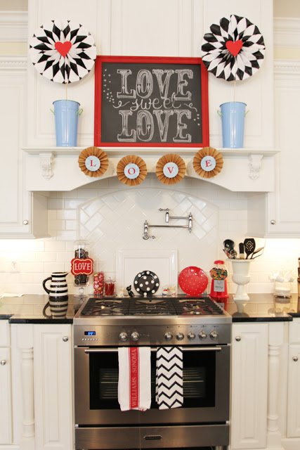 Decorating for Valentineu0027s Day- kitchen-valentine-decor & Decorating for Valentineu0027s Day: 40 Ideas For Your Home