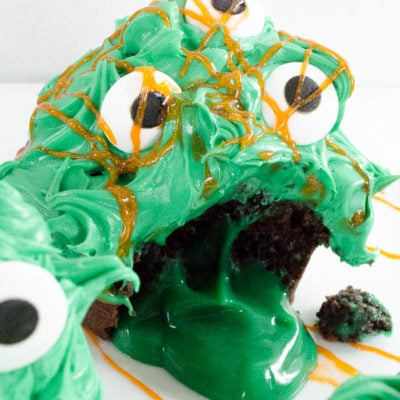 Quick Chocolate Cupcakes fill with pudding slime