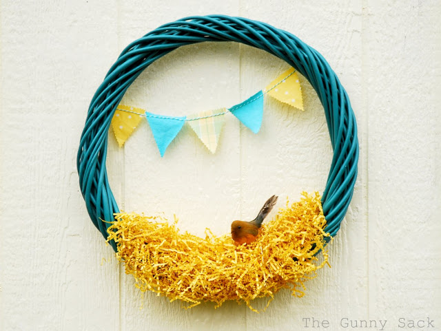 yellow-nest-wreath