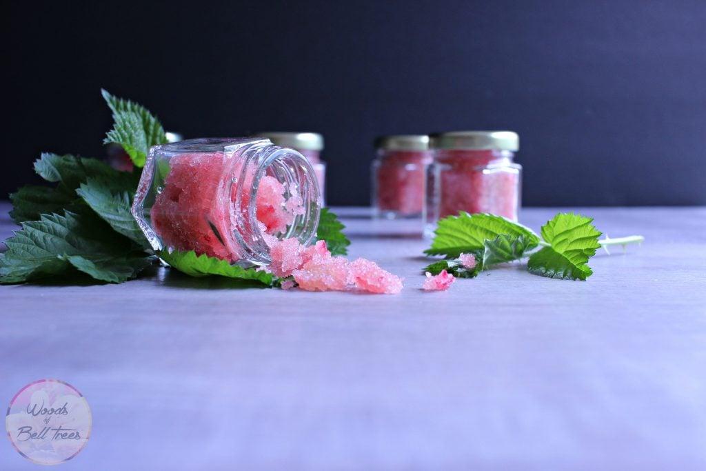 raspberry-lip-scrub-diy