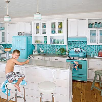 retro-turquoise-kitchen