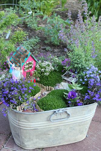 fairy-garden-galvanized-tub