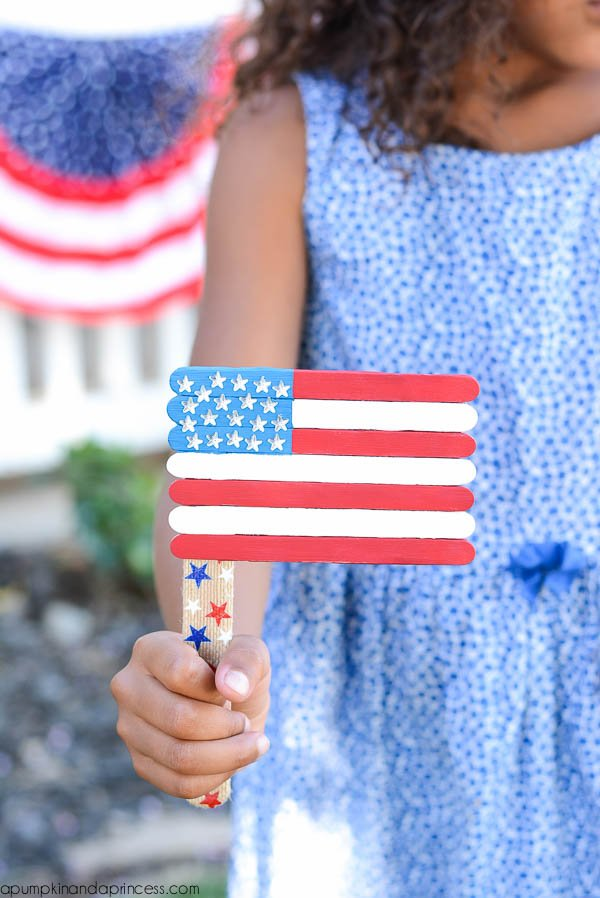 Patriotic-Popsicle-Stick-Flag-Craft
