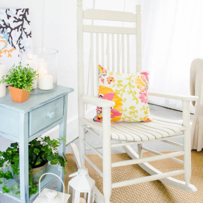 How to spray paint a rocking chair {navajo white}