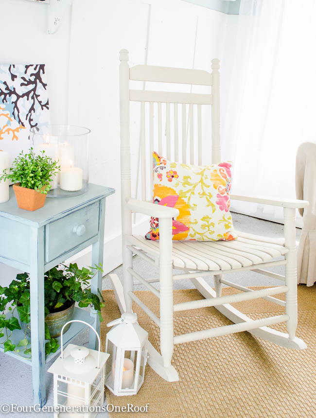 how to spray paint a rocking chair with Navajo White Paint