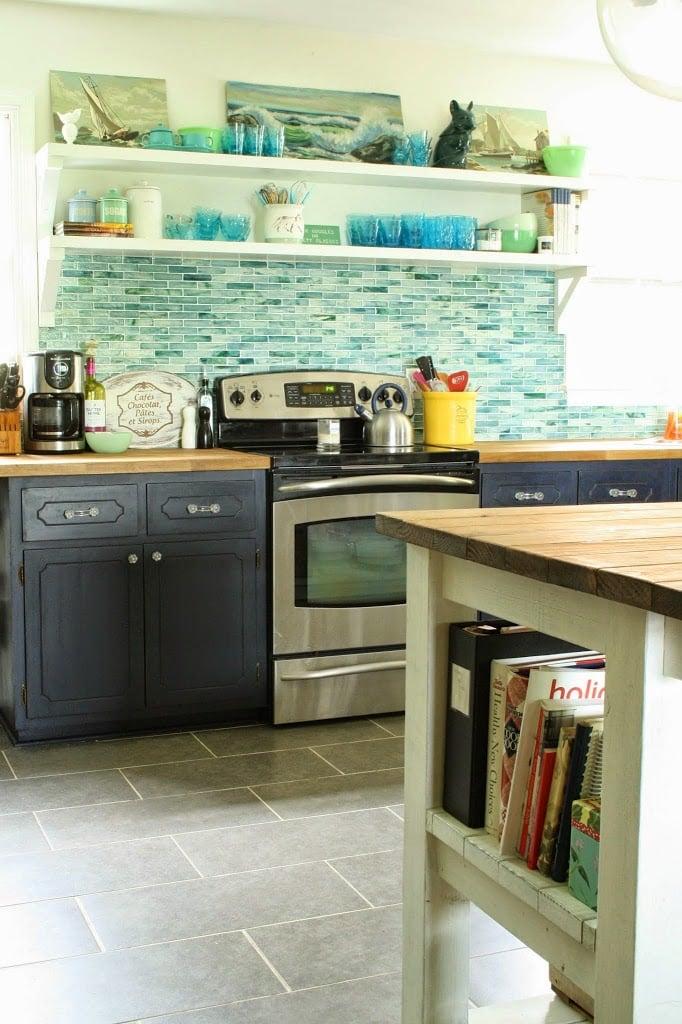 16-coastal-inspired-kitchen