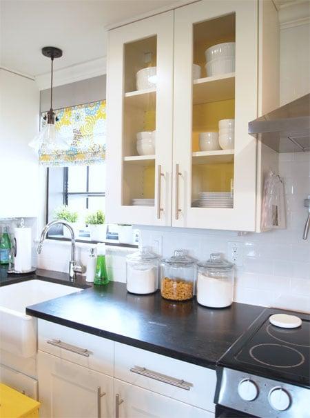 24-yellow-cabinet-walls