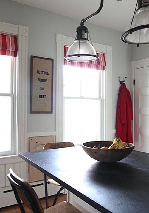 36-red-blue-white-kitchen