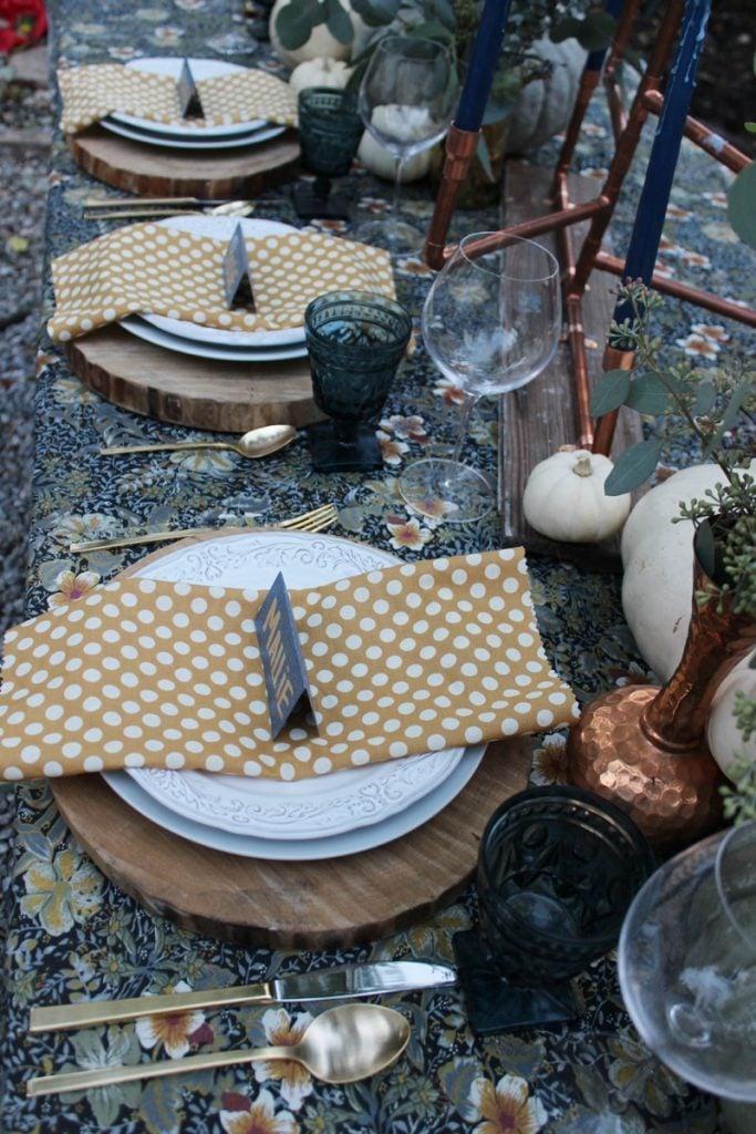 fall-jewel-tone-copper-table