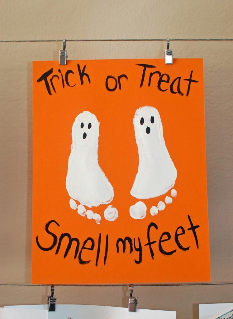 foot-painting-ghosties