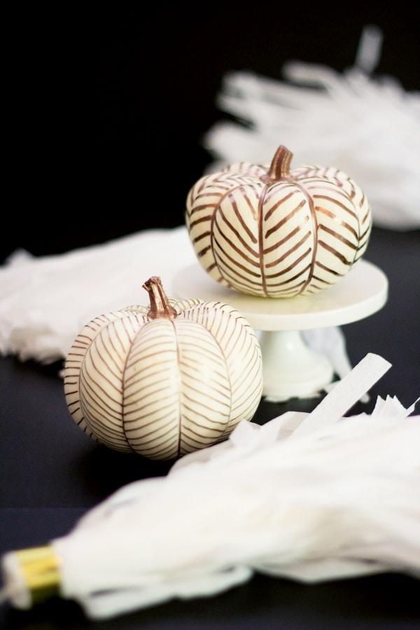 herringone-gold-pumpkins