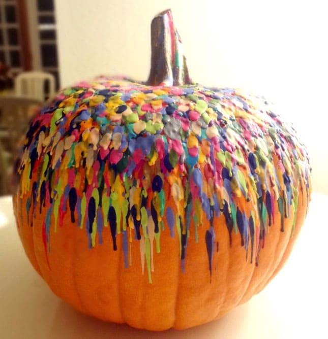 melted-crayon-pumpkin