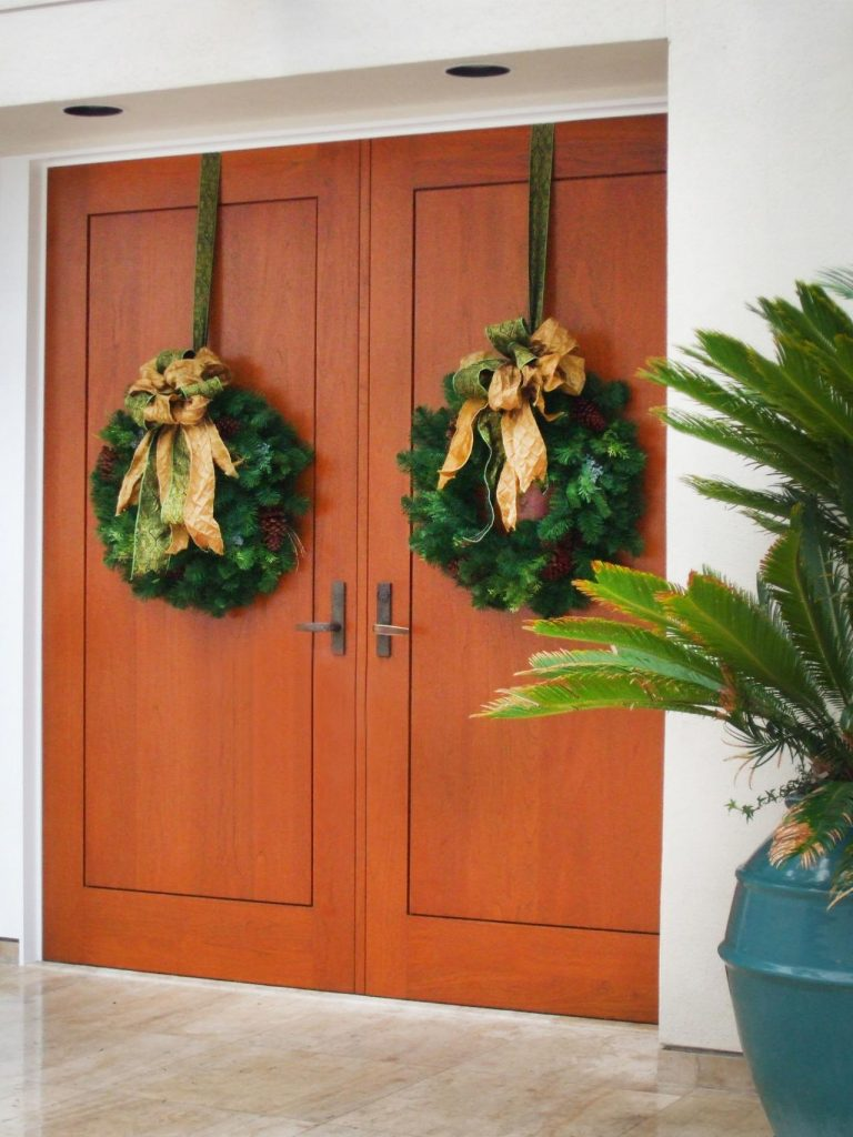 Double front door christmas decorations - Double Wreaths
