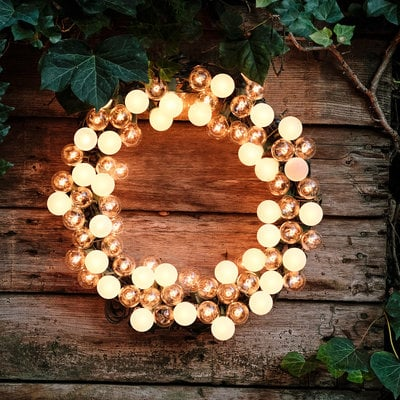 electric-wreath-diy
