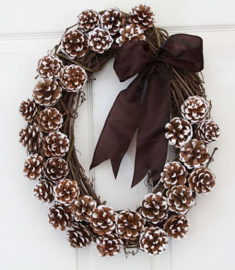 frosted-pinecone-wreath
