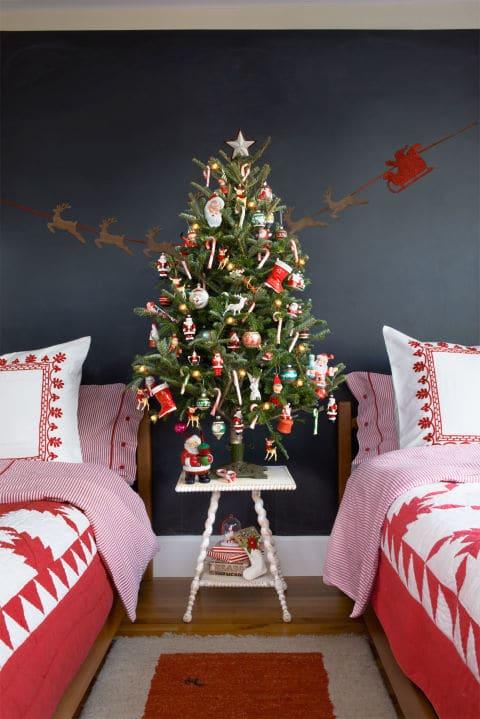 old-school-ornaments-kids-tree