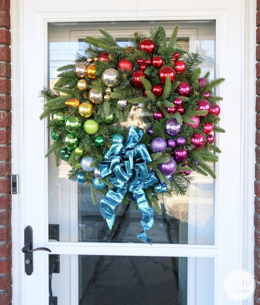 42 Christmas Ideas For Door Porch Decor Four