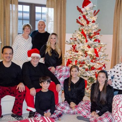 Our 2015 Family Christmas Picture + $200 Minted Giveaway
