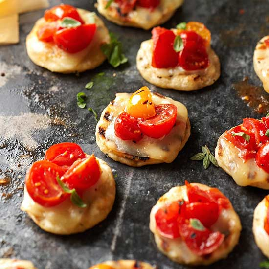 grilled-pizza-poppers