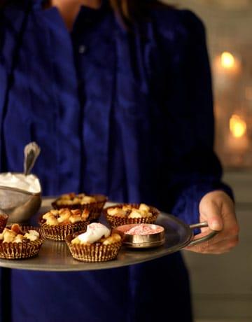 mini-bread-puddings