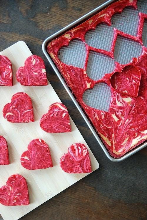 40-valentine-treats-Red-Velvet-Cheesecake-Bites