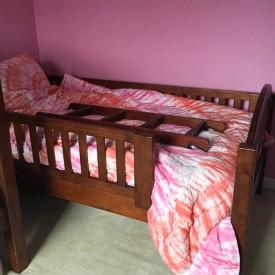 Teenage girl bedroom makeover before