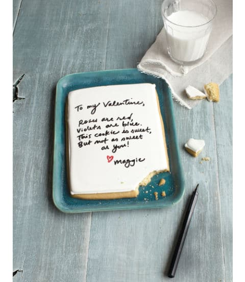 40-valentine-treats-love-letter-cookie