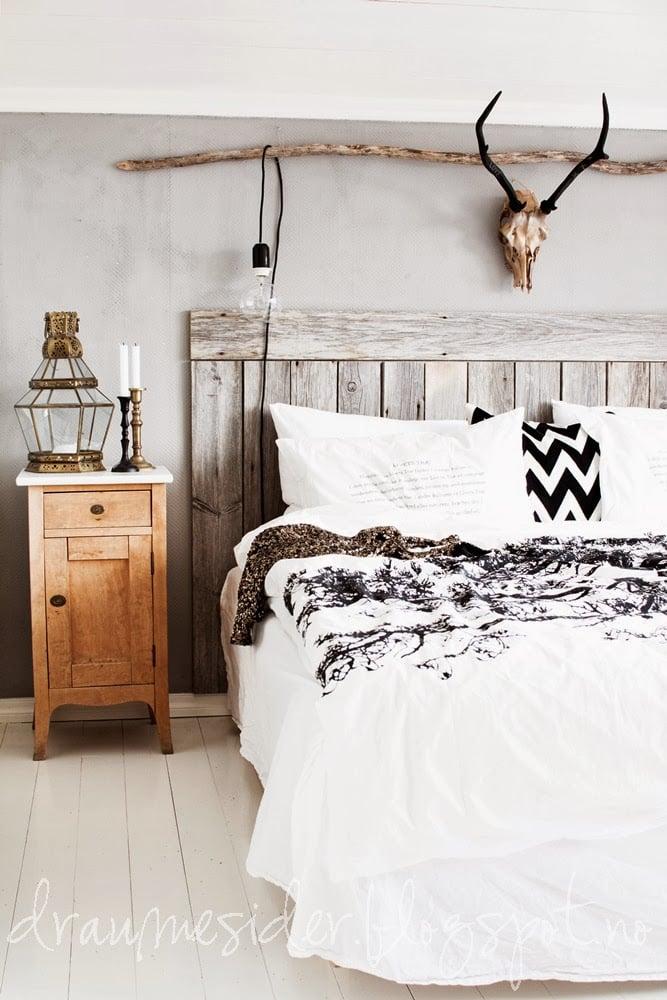 36-cozy-master-bedrooms-mising-vintage-wood