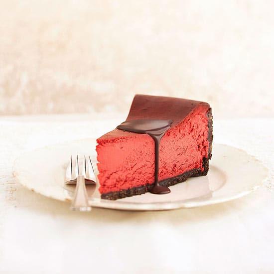 40-valentine-treats-red-velvet-cheesecake